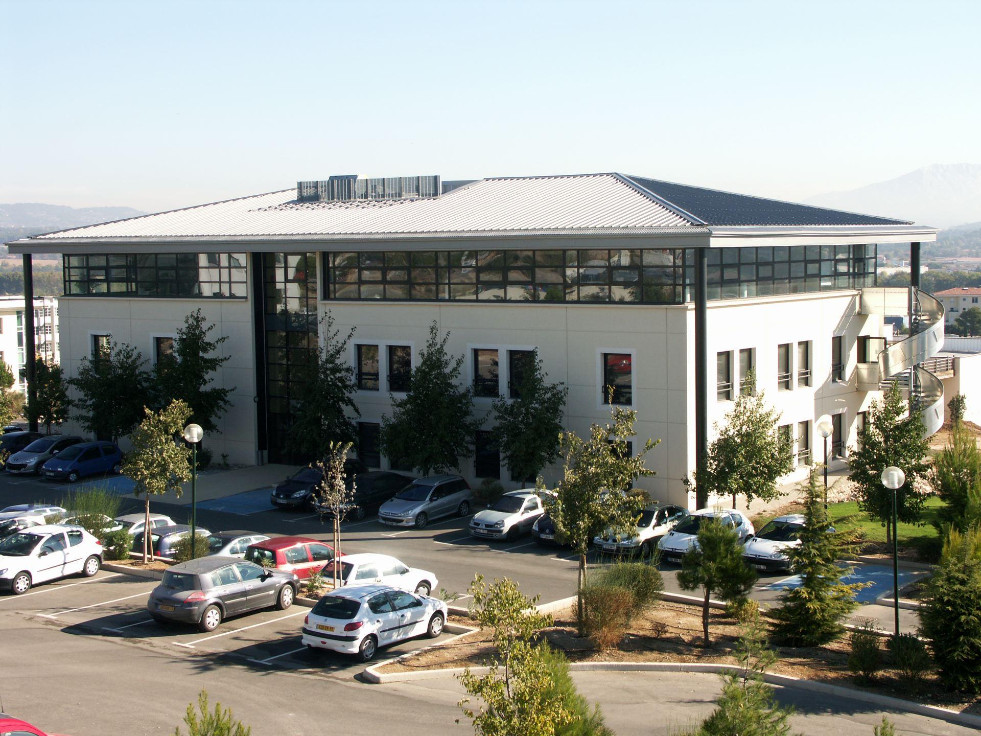 Deux immeubles de bureaux