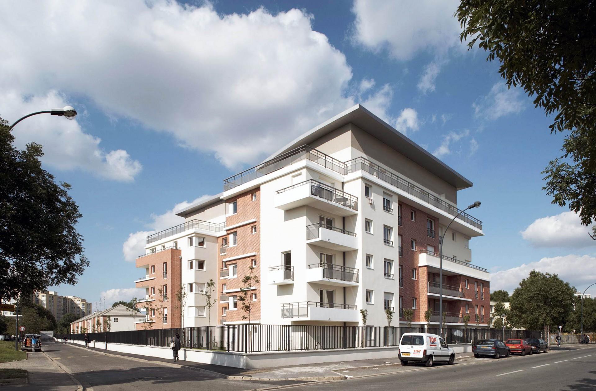 Immeuble de 45 logements et 17 maisons, Saint-Denis